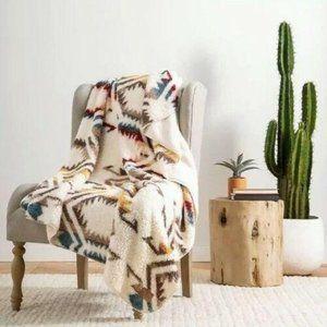 Pendleton Soft Fleece Blanket Twin 62in x 92in